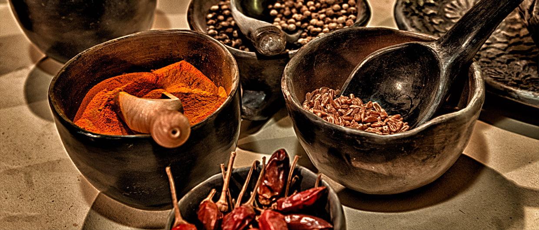 Épices au Moyen Âge - Utilisation et propriétés de 14 épices