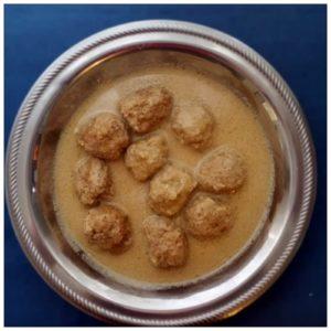 Pompys - Boulettes de viande au jus de lait aux amandes