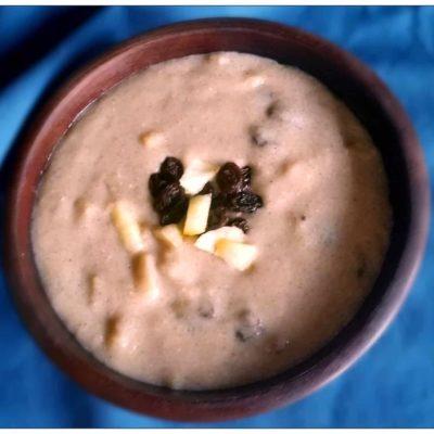 Porridge de riz aux pommes et raisins secs