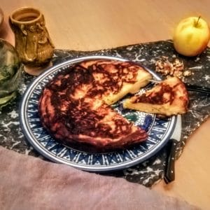 Poumes ammolee selon le MS Royal 12 C de la British Library - Gâteau moelleux en pomme. Entre le cake et le matefaim.